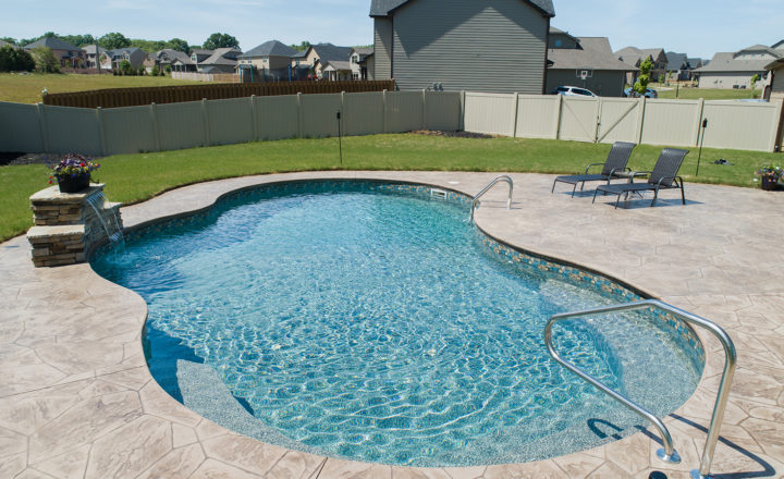 5 Reasons Why the Fall & Winter are Great Times to Buy a Pool
