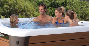 7 Tips for Buying a Hot Tub