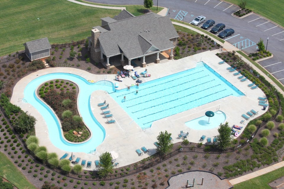 Neighborhood Pool w/ Lazy River