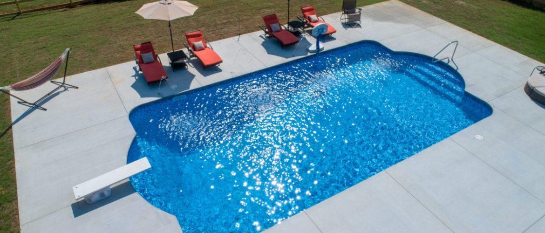 Double Roman Vinyl Pool